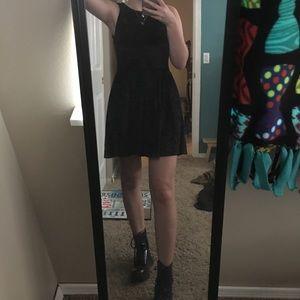 Black velvet dress!